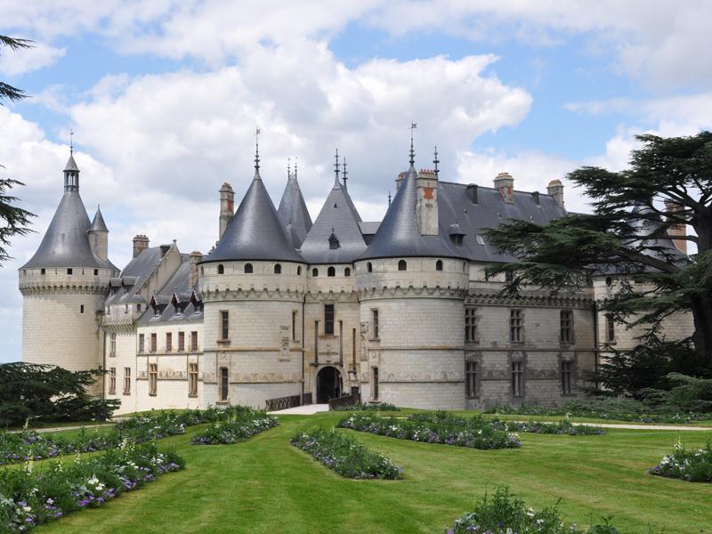 Marché Fermier & visite Château de CHAUMONT sur LOIRE