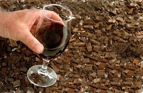 Des copeaux de chêne pour boiser le vin