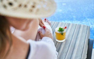 6 cocktails à base de vin à siroter au bord de la piscine